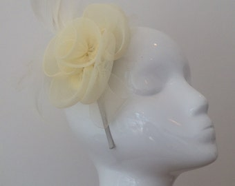 Cream Fascinator - Wedding Fascinator - Feather Headpiece - Flower- Prom - Cream - Ivory