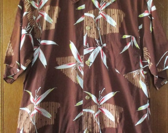 Vintage Mens Hawaiian Tiki Shirt Size Large