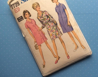 """Vintage Sewing Pattern - Simplicity 7729 - Retro 1968 Dressmaking Pattern - Size 12 Bust 35"""" Sewing"""