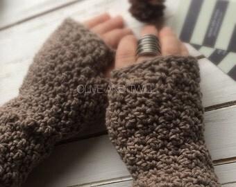 Rustic Wrist Warmers / Fingerless Gloves