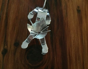 Vintage Beau Sterling Silver Cat Brooch With Moving Head