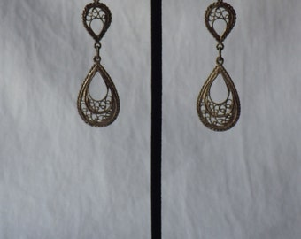 Vintage Tear Drop Earrings From the 1980's