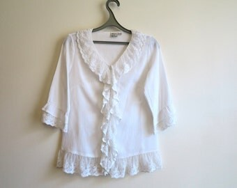 White Blouse Frill Womens Blouse Medium Sleeves Blouse Frilled Bottom Blouse Romantic Summer Blouse Size M