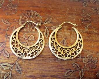Tribal Brass Earrings. Brass Tribal Earrings, Boho Earrings. Gypsy Hoop Earrings. Ethnic Earrings.
