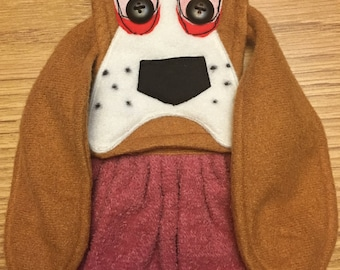 Basset Beagle Towel Original Linda's Critters basset beagle on rose velour  towel