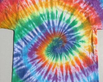 Rainbow Swirl. Size Large
