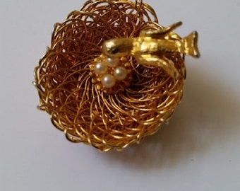 Eggs In a Basket Brooch
