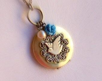Locket Necklace- ON SALE - Keepsake Necklace, Natured Inspired Necklace , Brass Locket Necklace, Custom Flower Necklace, Bird Jewelry