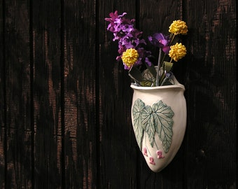 Begonia Wall Pocket Vase - for dried or silk flowers only