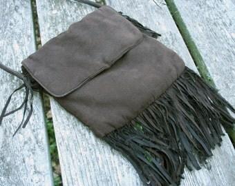 SALE wa 24.00 Vintage 80s ultrasuede fringe purse shoulder bag dark brown