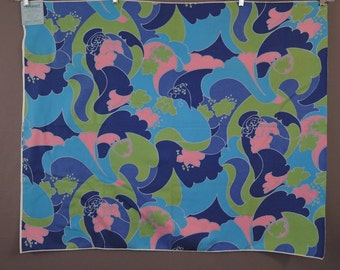 Vintage Everlast Fabric 43x36 inch Bright Screen Printed Fabric Sample, Cotton Diacord, Blue, turquoise, green, pink