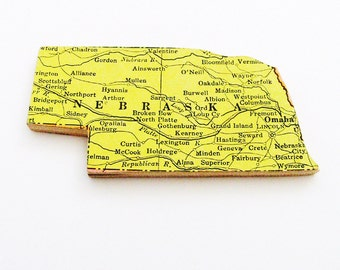 1940s Nebraska Brooch - Pin / Unique Wearable History Gift Idea / Upcycled Vintage Wood Jewelry / Timeless Gift Under 25