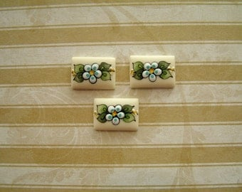 Pale Yellow Buttons set of 3