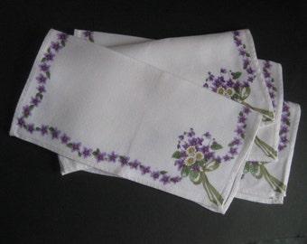 Set of Four Floral Napkins Vintage