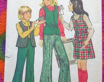 Simplicity 6586 - Cute 1970s Girls' or Tweens' Boho Looks - Jumper Dress, Vest, Top, Bell Bottom Pants - Size 10 (Bust 28.5) - CUTE