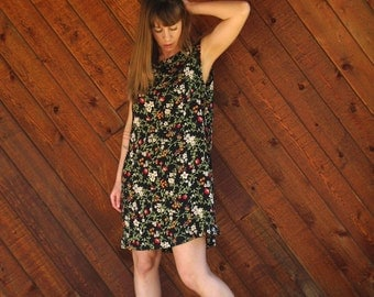 Black Floral Mini Shift Dress - Vintage 90s does 70s - M L