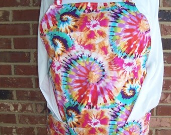 Plus Size Apron, Tye Dye, Pocket Apron, Kitchen Apron, Bib Apron, Hippie Apron, Pocket Apron, Hostess Gift, Bridal Shower Gift, Teacher Gift