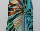 Tunique ample et fluide , imprimé abstrait multicolore, taille unique