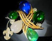 """HUGE Vendome Brooch With original hang tag  Rare Beauty designer signed LARGE 3"""" cabochon statement rhinestone piece"""