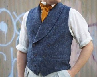 The Poe Cravat----In Copper Raw Silk
