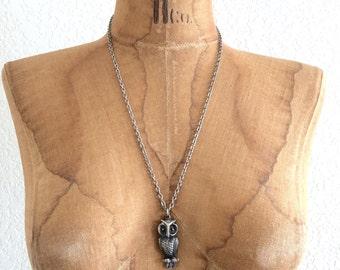 SALE! vintage 70s silver OWL necklace