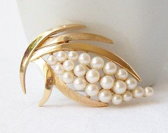 Vintage Trifari Leaf Pearl Brooch, Vintage Pearl Jewelry