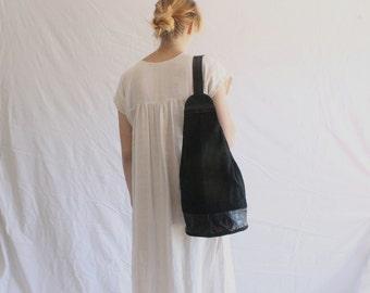 vintage black leather suede sling bag 80s 90s