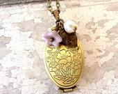 floral locket necklace, bronze locket, purple flower necklace, vintage style jewelry