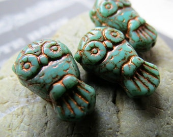 NEW TURQUOISE OWLZ. Czech Picasso Glass Beads . 18 mm (6 beads)