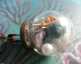 Walk On The Beach-Beach In A Bottle Glass Reliquary Terrarium Pendant-Nature's Art-SeaGlass,Sugar Sand,Pearl,Starfish,SeaShells-Gifts For 31
