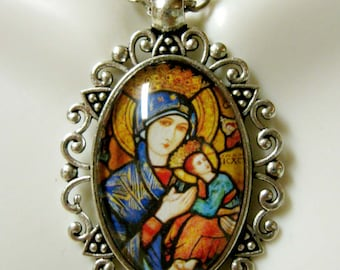 Our Lady of Perpetual Help pendant and chain - AP26-206