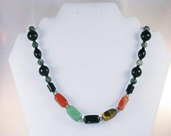 Vintage Single Strand Polished Semi-Precious Gemstone Necklace (N-3-3)