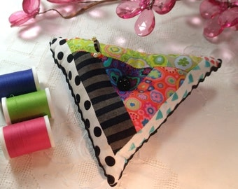 Pincushion, Triangle shape with emery and rick rack, Ready to Ship