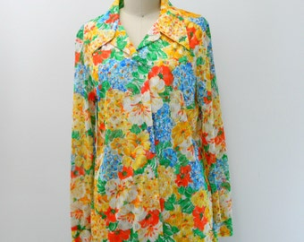 Vintage 70s Button Up Blouse...Colorful Floral Blouse...Fiesta Lace Button Up...Oversize Collared Longsleeve Top...Size Medium to Large