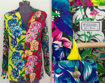 Vintage 1990s RARE Gianni Versace Versus Printed Floral Pop Art Graphic Shirt