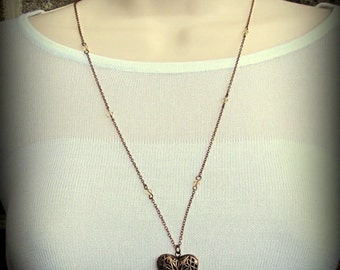 Necklace - Beautiful Filigree Heart Locket in Antique Copper