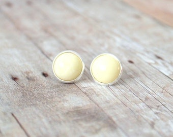 I V O R Y - Cream White Color Cab, Silver Plated Stud Earrings, 12mm