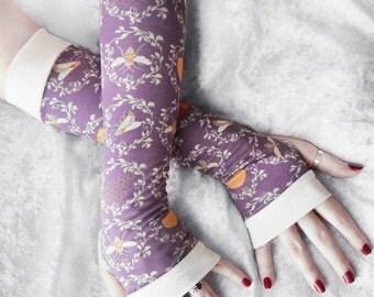 Apidae Arm Warmers | Vintage Bee French Damask Print Dusty Lavender Cream Golden Ochre Rust | Yoga Gloves Boho Fall Scientific Illustration