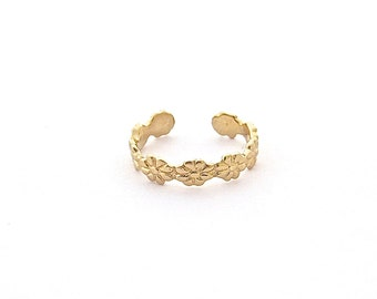 flower toe ring, gold toe ring