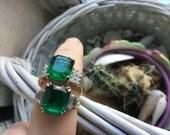 Vintage lot 2 Emerald Green Rhinestone Rings - Art Deco Rings - Green Deco Rings - GP- Statement Rings Size 8 - Round & Baguette rhinestone