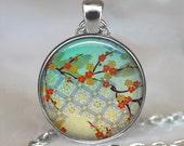 Kimono Flowers necklace, Kimono Flowers pendant, Japanese art necklace, Japanese pendant, Geisha art necklace, key chain