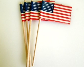Vintage American Flag Picks, Paper Cupcake Toppers, 4th of July, Set of Four