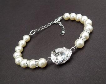 Pearl Bracelet ivory Swarovski pearl bracelet Crystal Bracelet Swarovski Crystal Statement Bridal Bracelet Rhinestone Bridal Bracelet ARIA