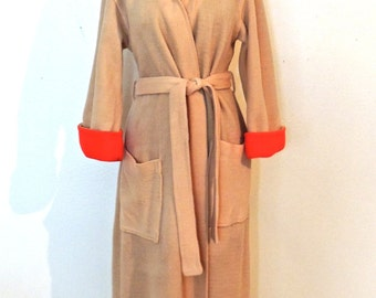 vintage Evelyn Pearson robe - 1950s tan/red fleecy robe