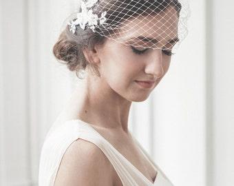 Birdcage veil - Ivory bridal veil - Vintage style bandeau veil - Birdcage veil with beaded lace