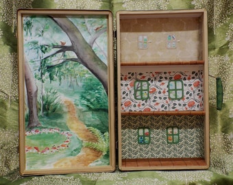 Fairy tree house - Travelling Dollhouse