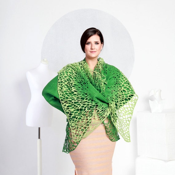 Felted jacket Alar lace tea grass green handmade original exclusive wraps comfortable Regina Doseth handmade in Lithuania Europe XL large
