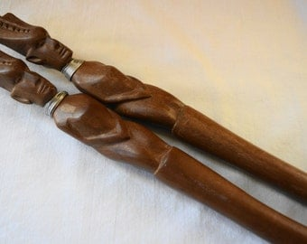 2 PC Vintage Hand Carved KENYA AFRICAN Wood Salad Set Fork Spoon Mvule Art Serving Set Tribal Heads With Silver Wire Detail Timeless Serving