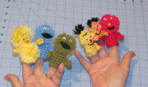 Sesame Street  Crocheted Finger puppets Set of  6      Ready to ship