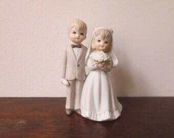 Sweetest Vintage 1982 Lefton Bride & Goom Wedding Cake Topper